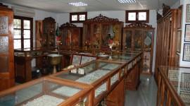 Ξυλόγλυπτα στο εκκλ. μουσείο της Νισύρου